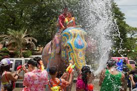 Songkran (1)
